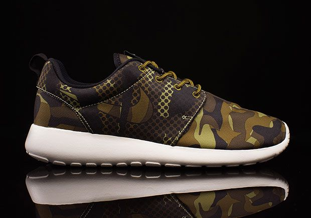 low price sale 100% authentic first look Nike Roshe Run - camo | Shoes | Nike roshe run, Nike, Running