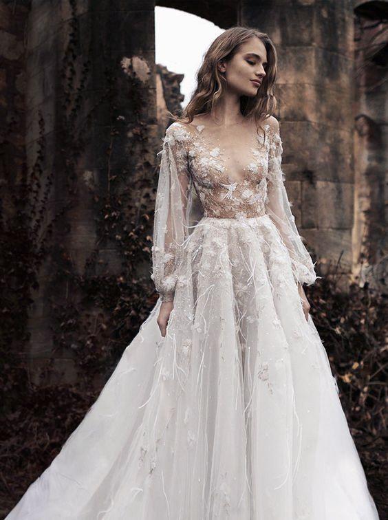 f41120a8be42 11 fina brudklänningar i andra nyanser än vitt   Wedding   Klänning  bröllop, Bröllopsklänning y Bröllop brud