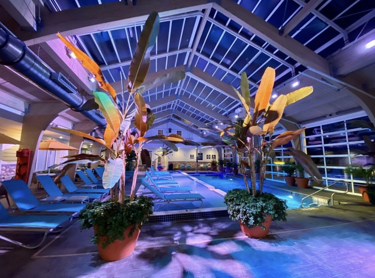 Hotel Lbi Retractable Roof Manufactured By Roll A Cover Ship