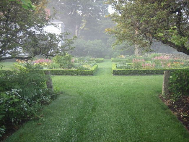 Nice yard. Add a small pool and reduce the lawn area with wide decomposed granite paths..