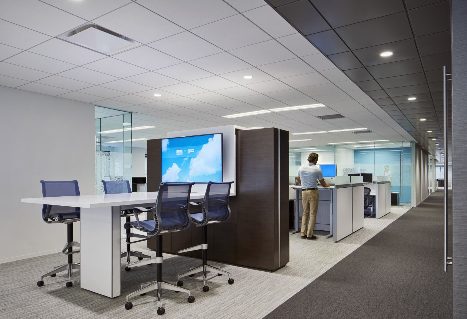Lockton Chicago Office Open Space Office Office Interior Design