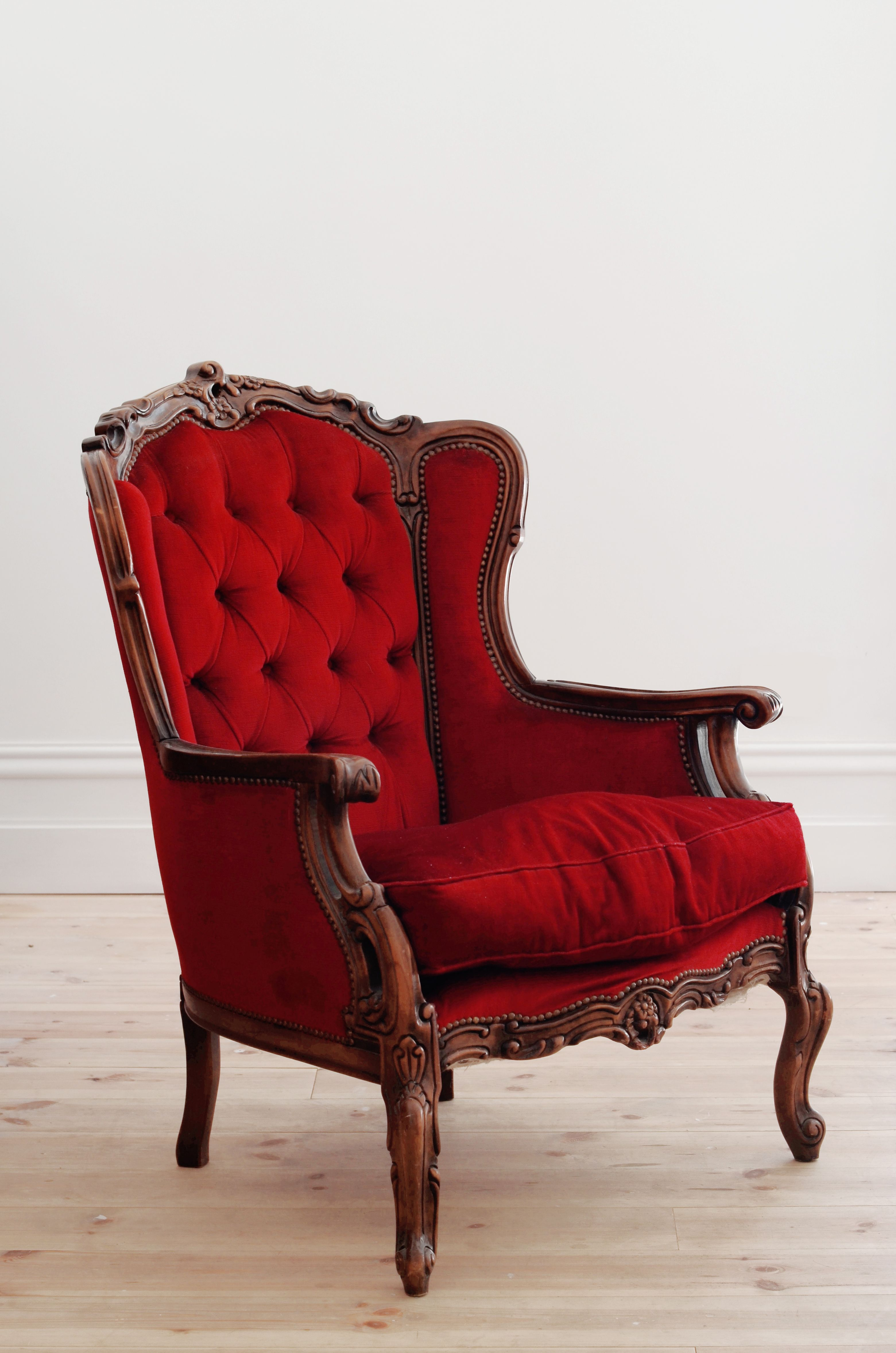 Red velvet chair - Vintage Red Armchair