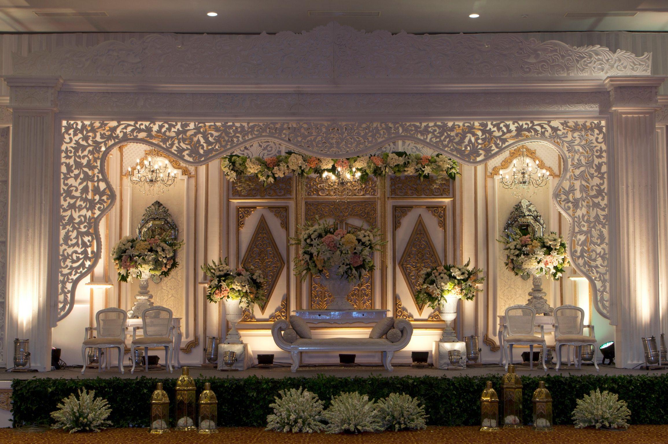 Mawarprada dekorasi pernikahan pelaminan wedding decoration mawarprada dekorasi pernikahan pelaminan wedding decoration romantic jawa junglespirit Images
