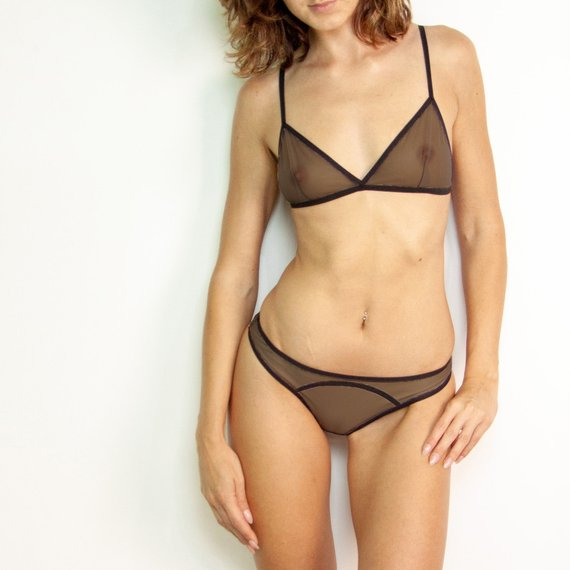 Underwear Lingerie set Mesh lingerie Brown-nose erotic bikini with smooth  line See-through bra Sheer 85479509d
