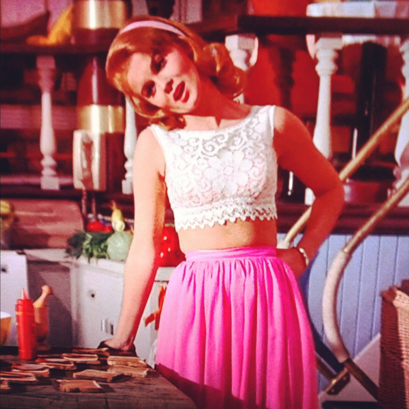 Ann Margret S Outfit In Viva Las Vegas I Just Watched This Movie And Fell In Love With This Outfit Vint Las Vegas Outfit Summer Las Vegas Outfit Vegas Outfit