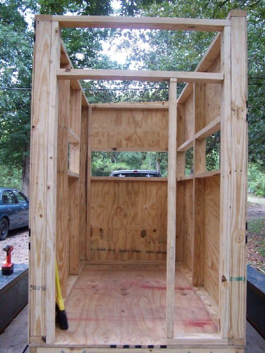 Putting on the skin of deer box blind outdoors pinterest for Deer stand made from pallets