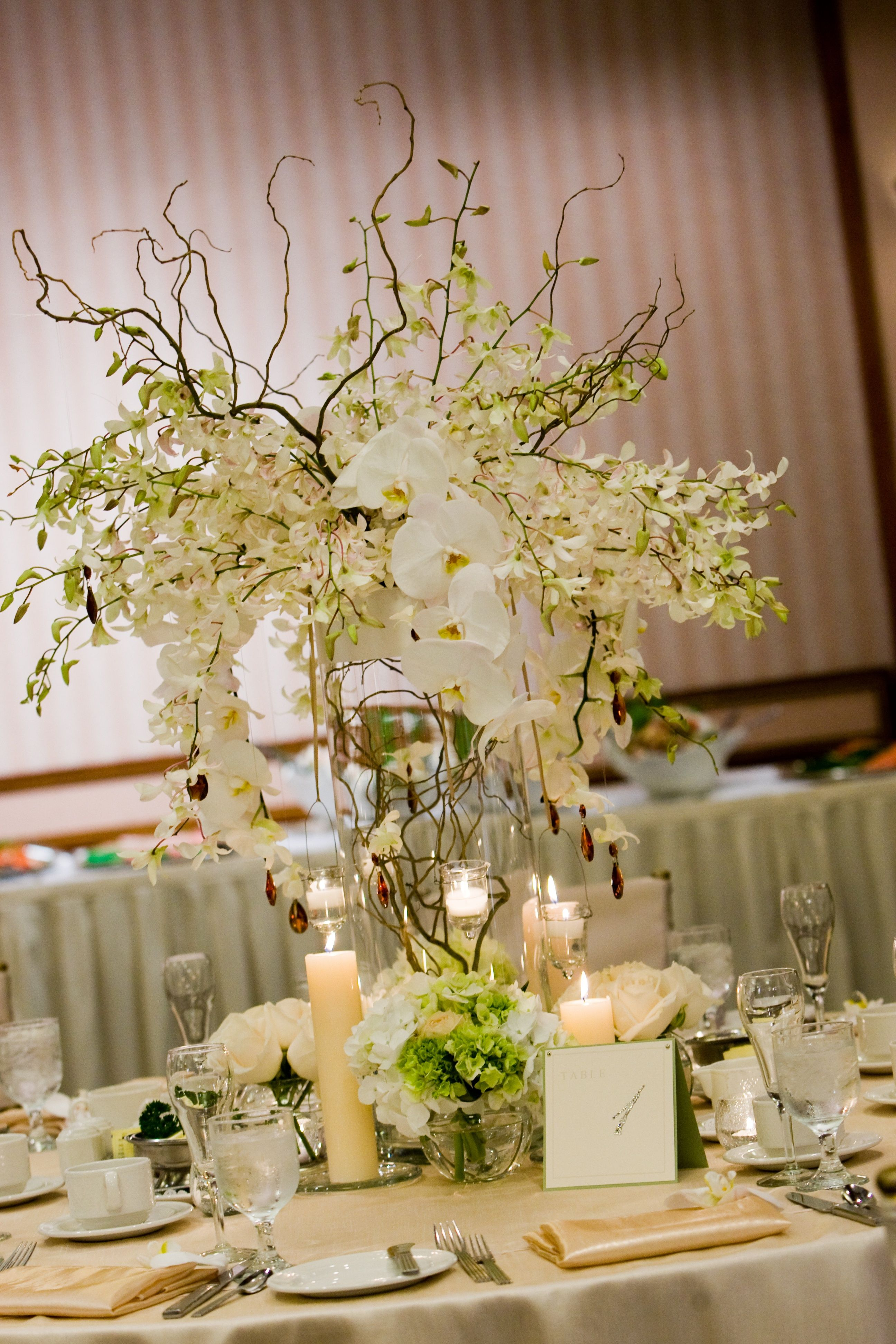 White Dendrobium And Phalaenopsis Orchids Curly Willow And Green Hydrangeas Fini Wedding Flower Decorations Branches Wedding Decor Tall Wedding Centerpieces