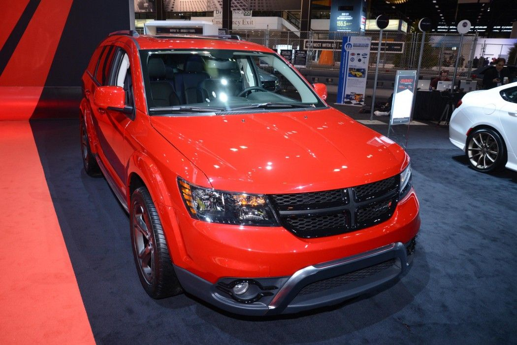 Dodge carves a new niche with Journey Crossroad | Car Fanatics Blog