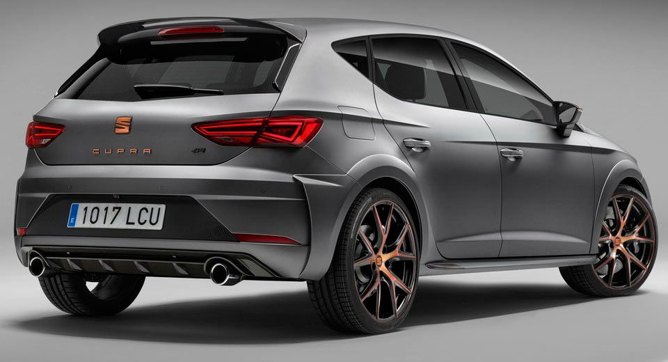 Seat S Most Powerful Leon Cupra R Limited To Just 24 Examples In The Uk Carscoops Seat Cupra Seat Leon New Cars