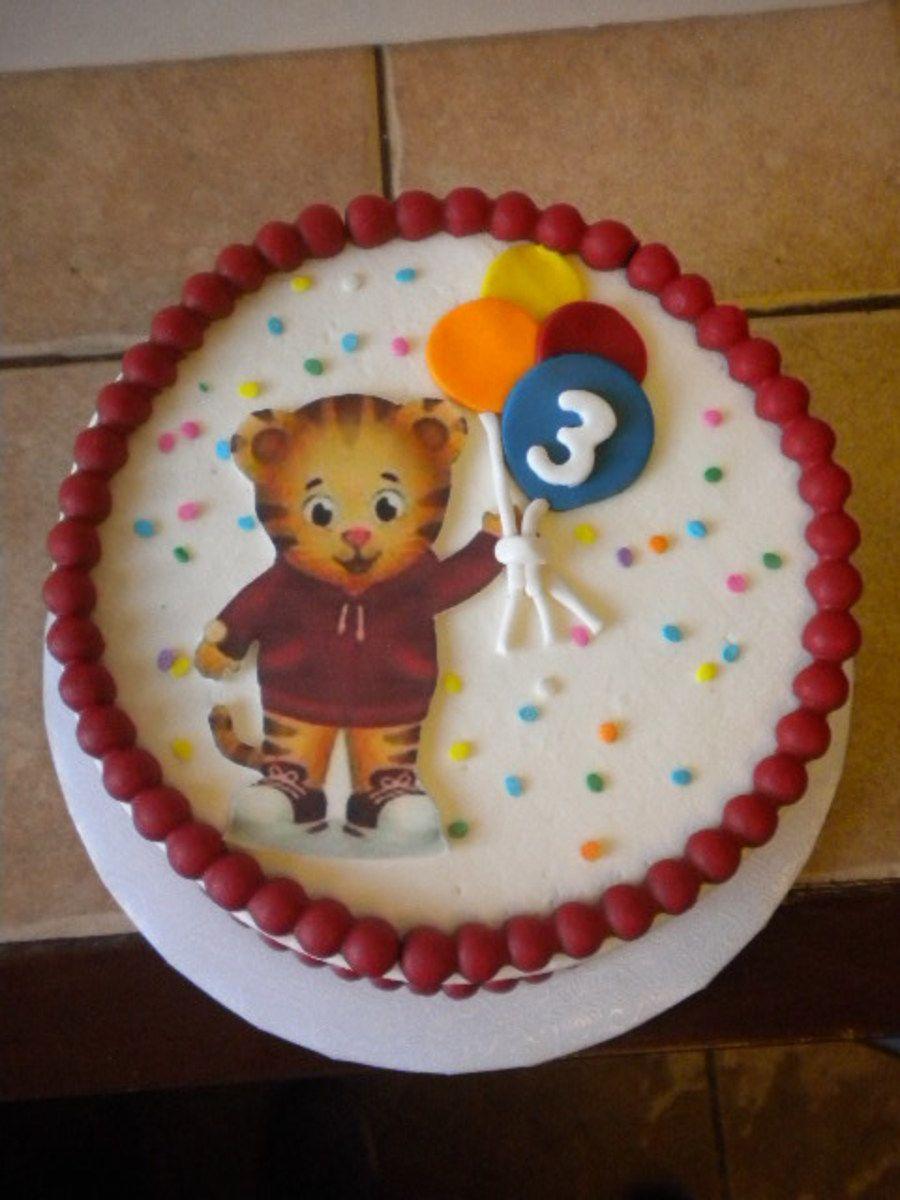 Daniel tiger cake on cake central daniel tiger party