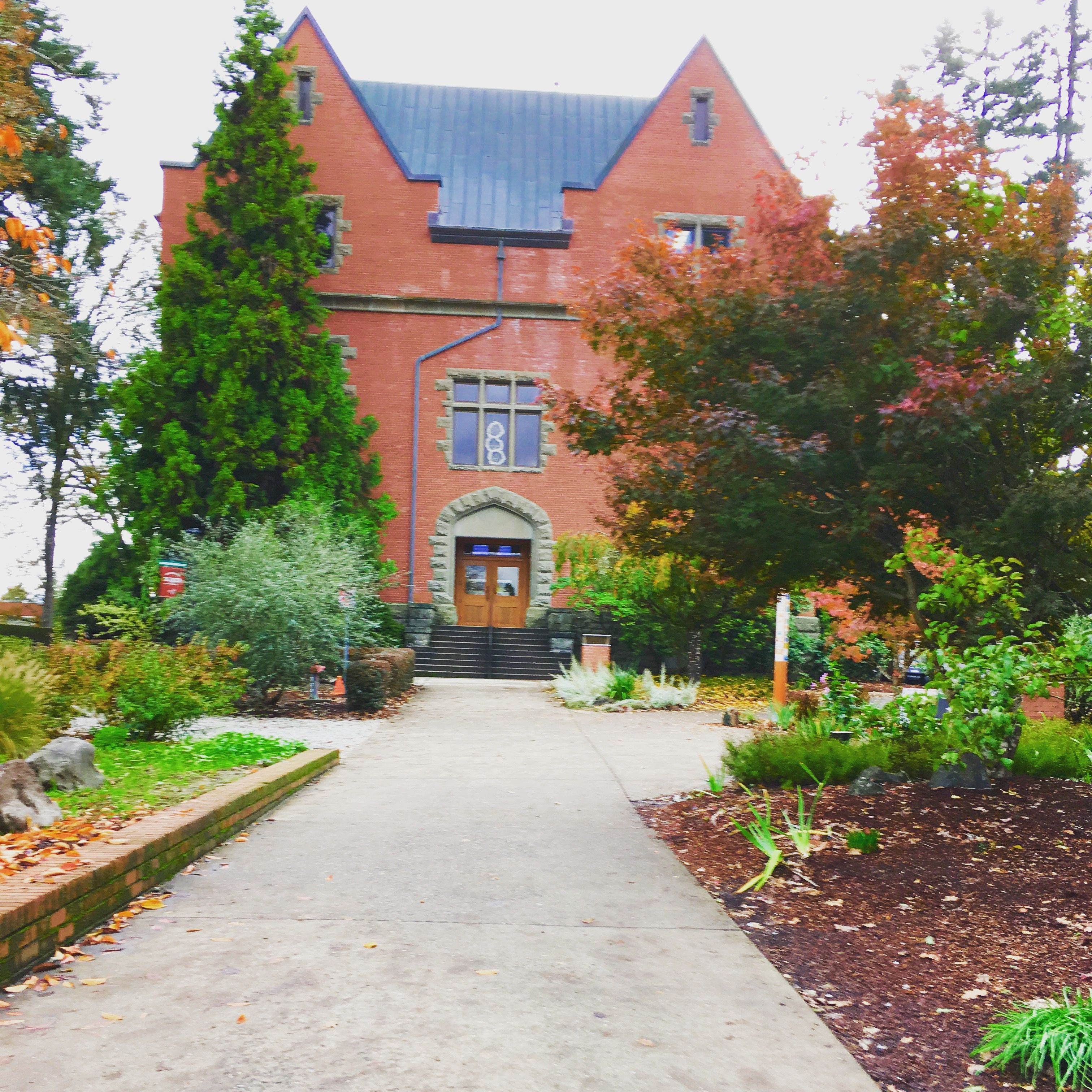 Pacific University Forest Grove Oregon Oregon Waterfalls Scenery Photos Northwest College