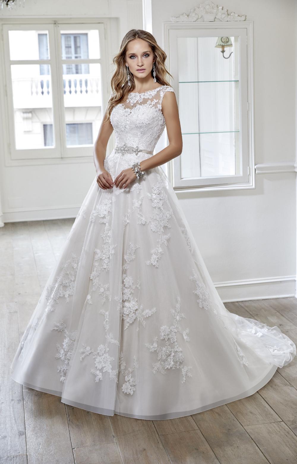 Robyn Ronald Joyce 68060 Bridal Shop West Yorkshire In 2020 Ronald Joyce Wedding Dresses Wedding Dresses Strapless Wedding Dress Tulle Lace