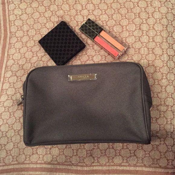 f1ba0ea2d7f9f3 Gucci makeup bag   My Posh Picks   Pinterest   Gucci, Makeup and ...