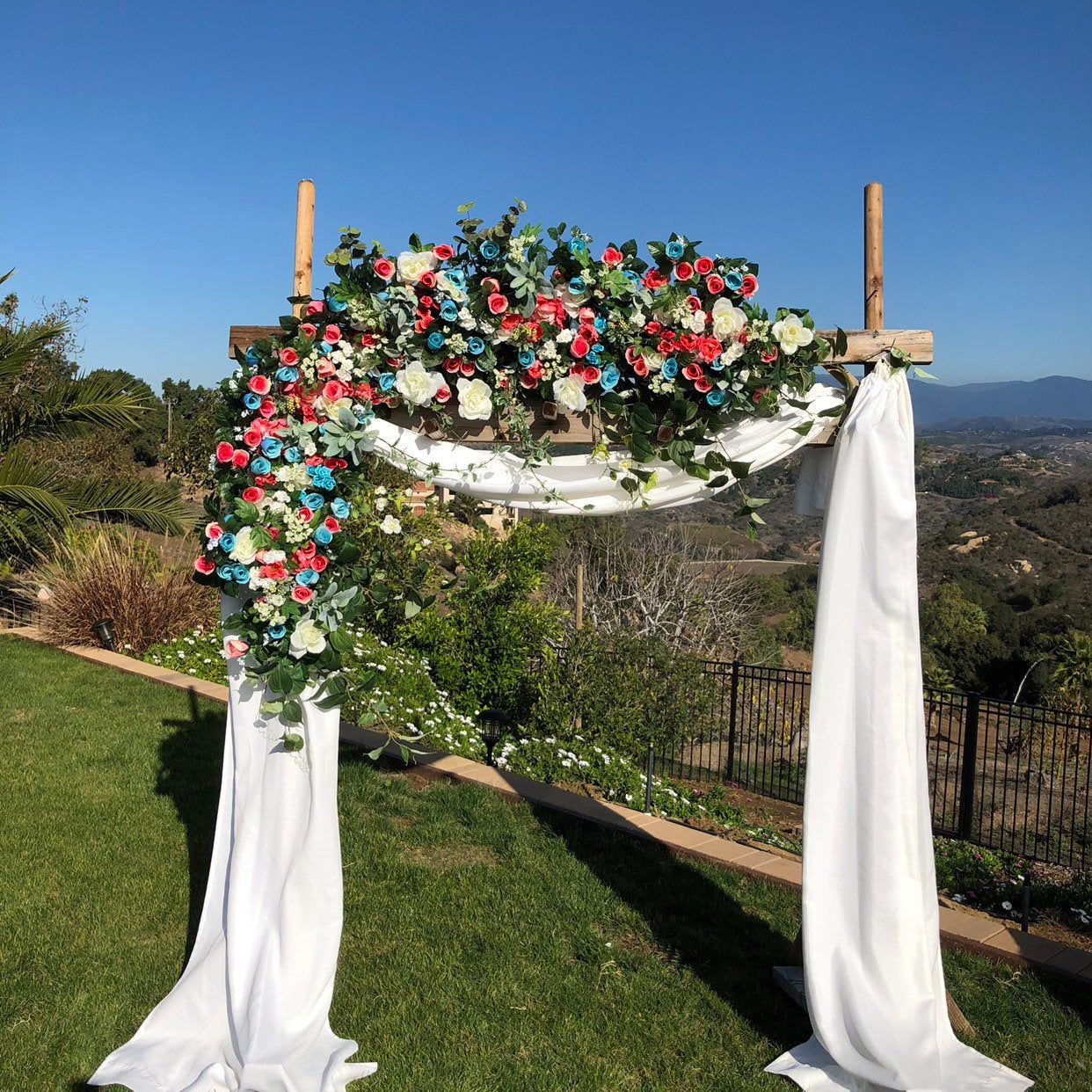 Sale Wedding Arch Flowers Wedding Centerpieces Circle Arch Etsy In 2020 Wedding Arch Flowers Flower Centerpieces Wedding Arch Flowers