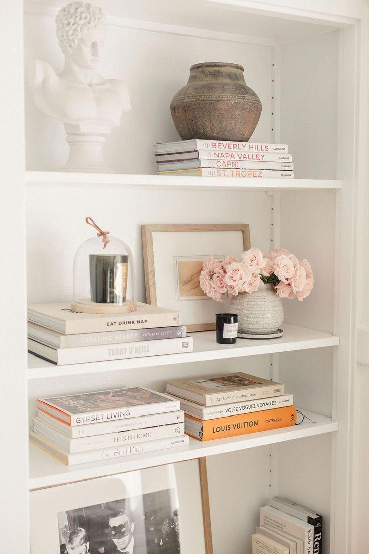 Home Decor Signs                                       Some pretty ideas to style your #shelves#homedecoration#interiordesign#decoration#livingroom #springdecor