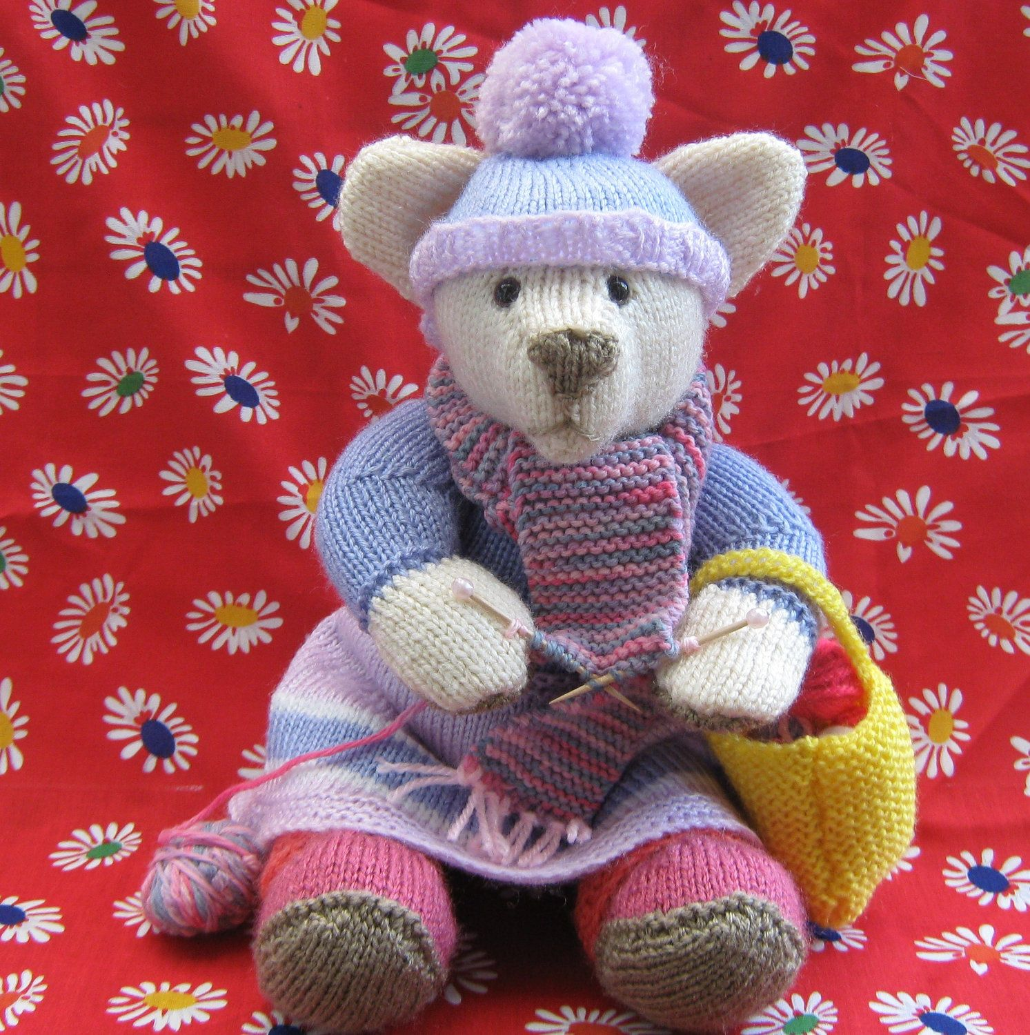 Hand knitted Alan Dart Pearl the Knitter Bear | Darts, Bears and Pearls