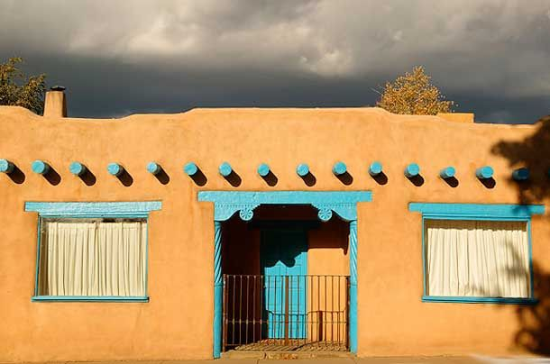 Adobe Houses Building With Mud Adobe House Spanish Style Homes Mud House