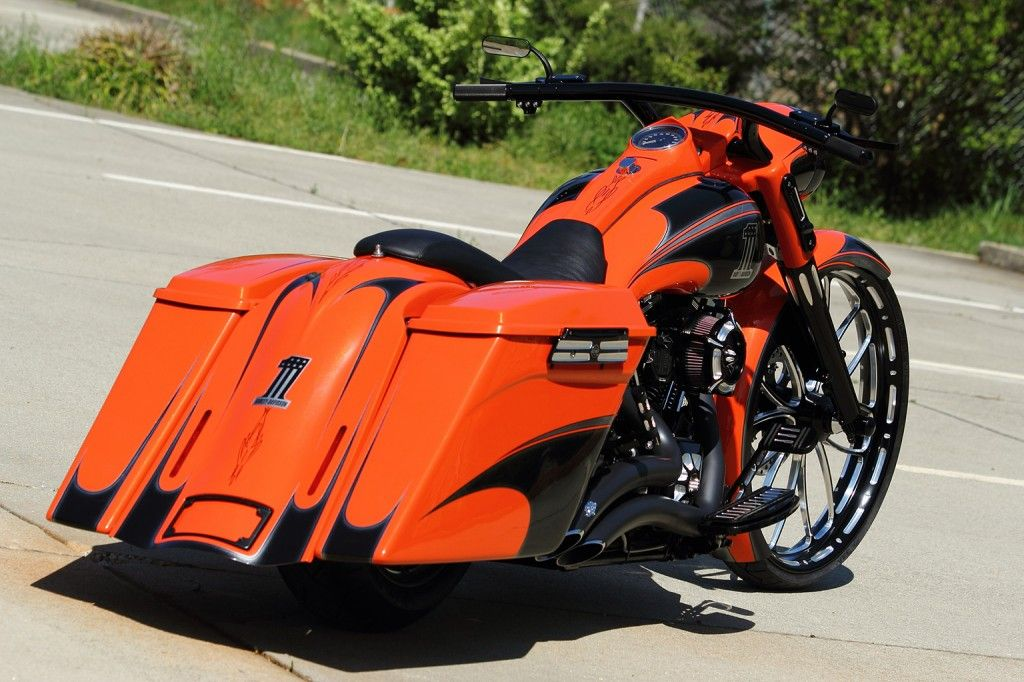harley davidson street glides for sale 2013 harley davidson road king custom the bike. Black Bedroom Furniture Sets. Home Design Ideas
