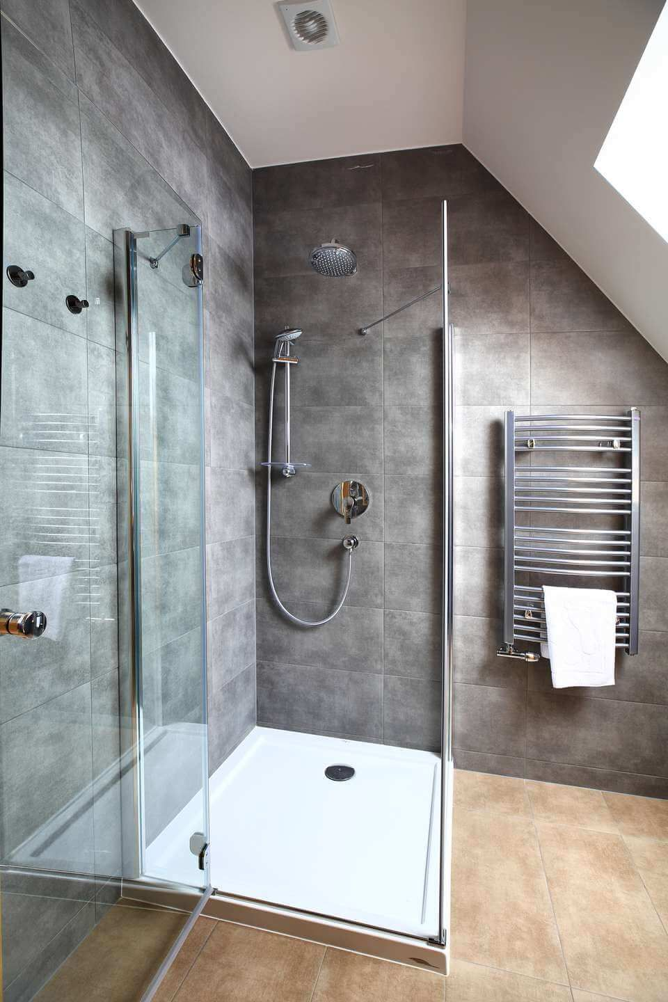 Make Your Body Relax With Your Own Made Shower Pan Get These Easy Ideas About How To Build A Shower Pan With Picture Guidance Sho Building A Shower Pan Shower Pan