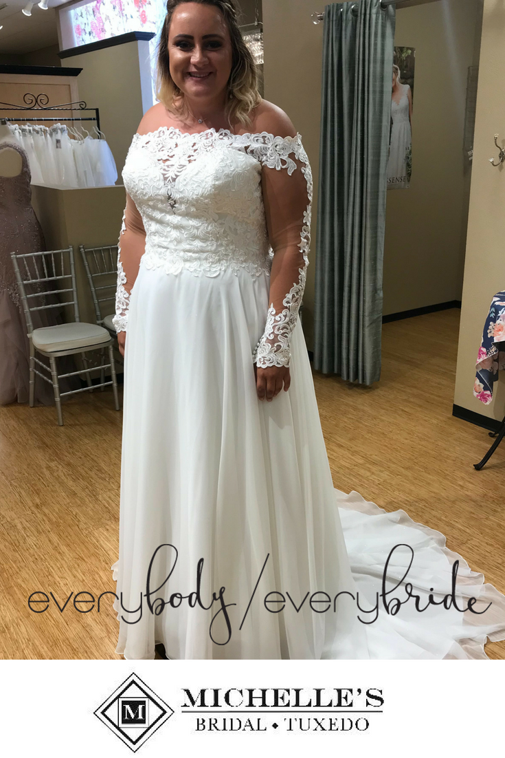 791f482d0f70 EveryBody EveryBride    A sweet style