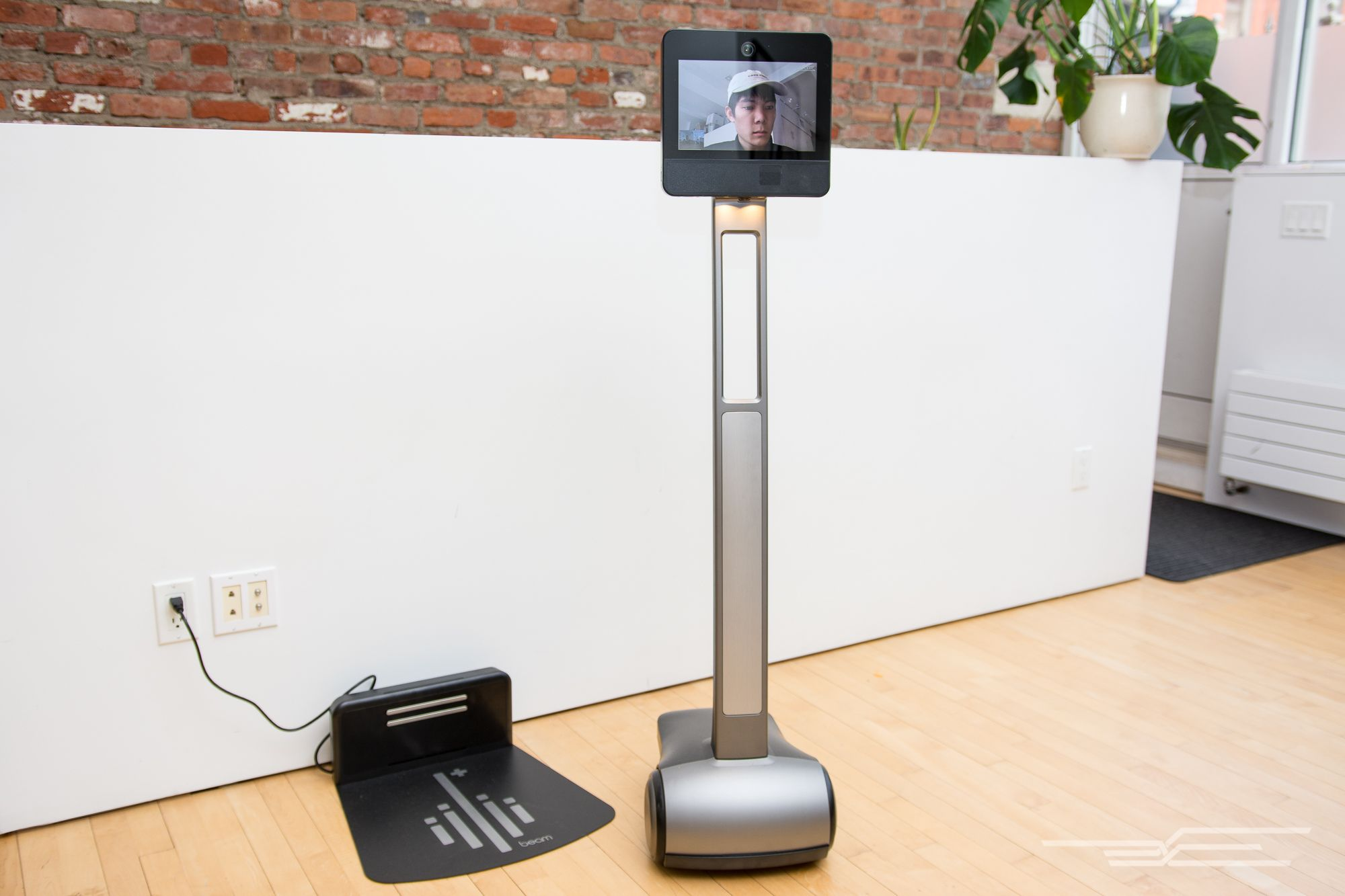 The Best Telepresence Robot Best Appliances Good Things Table Lamp