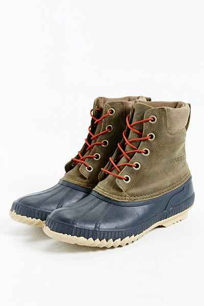 7a8363d8475 Comfy Cozy Couture  Gift Guide for Men  giftguide  giftsformen Sorel Duck  Boots