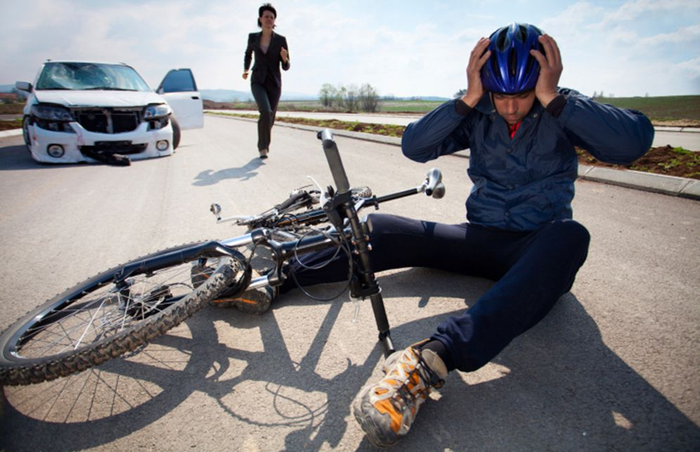 Crash Course How To Handle A Car Bike Collision Bicycle