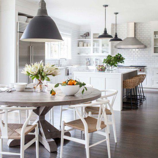 In diesem artikel finden sie viele einrichtungsideen im landhausstil die mit einem besonderen charme faszinieren und ein stück natur ins zuhause bringen