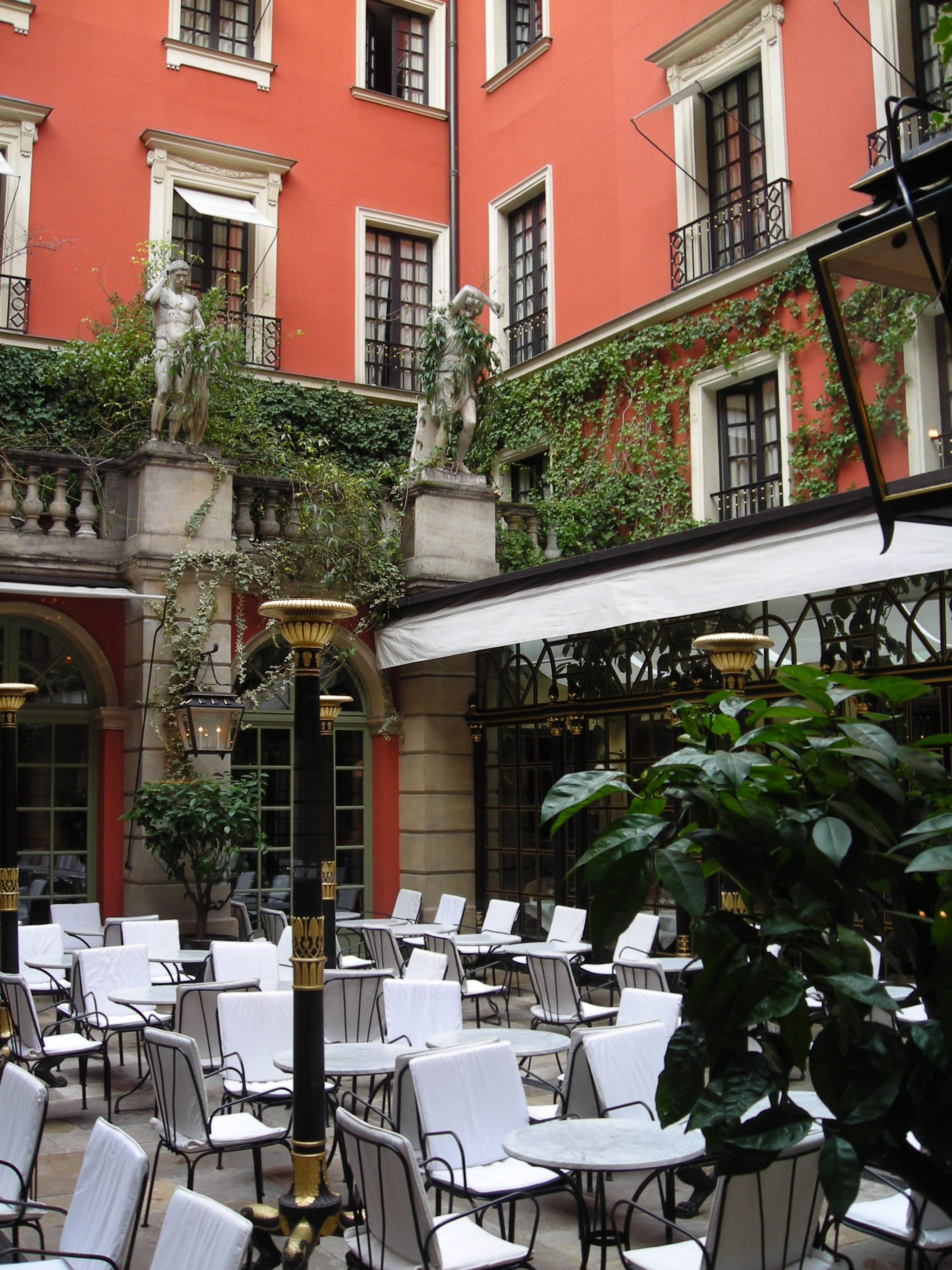 the magnificent courtyard at the hotel costes in paris. Black Bedroom Furniture Sets. Home Design Ideas