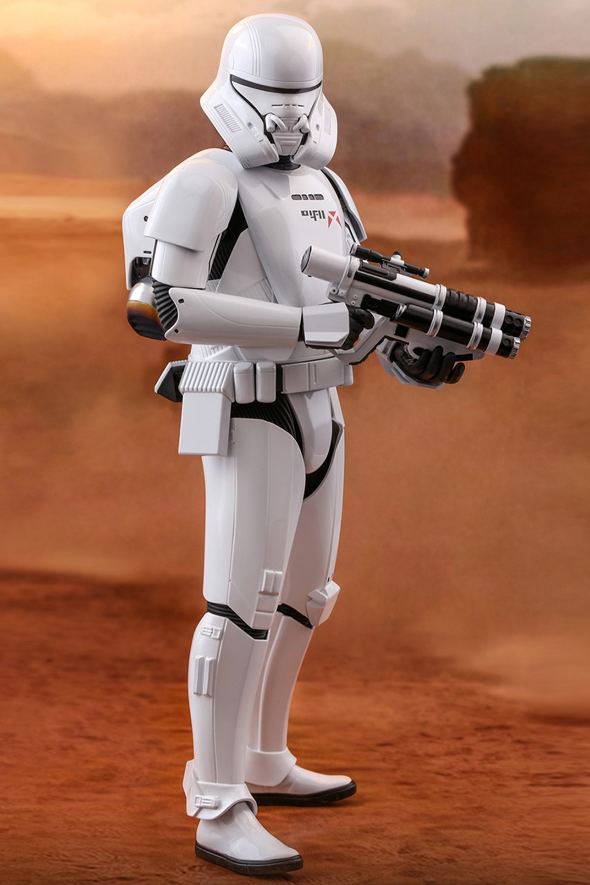Hot Toys 'Star Wars: The Rise of Skywalker' Jet Trooper | HYPEBEAST