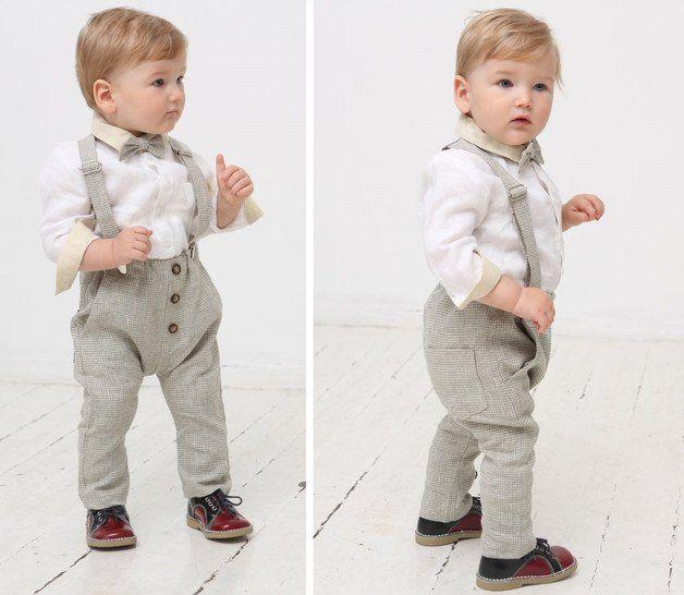 Baby Jungen Leinen Outfit 3 Set Hose Hosentrager Fliege In Kariertem Natural Leinenstoff Ab Anzug Baby Junge Baby Kleidung Jungen Baby Anzug Hochzeit