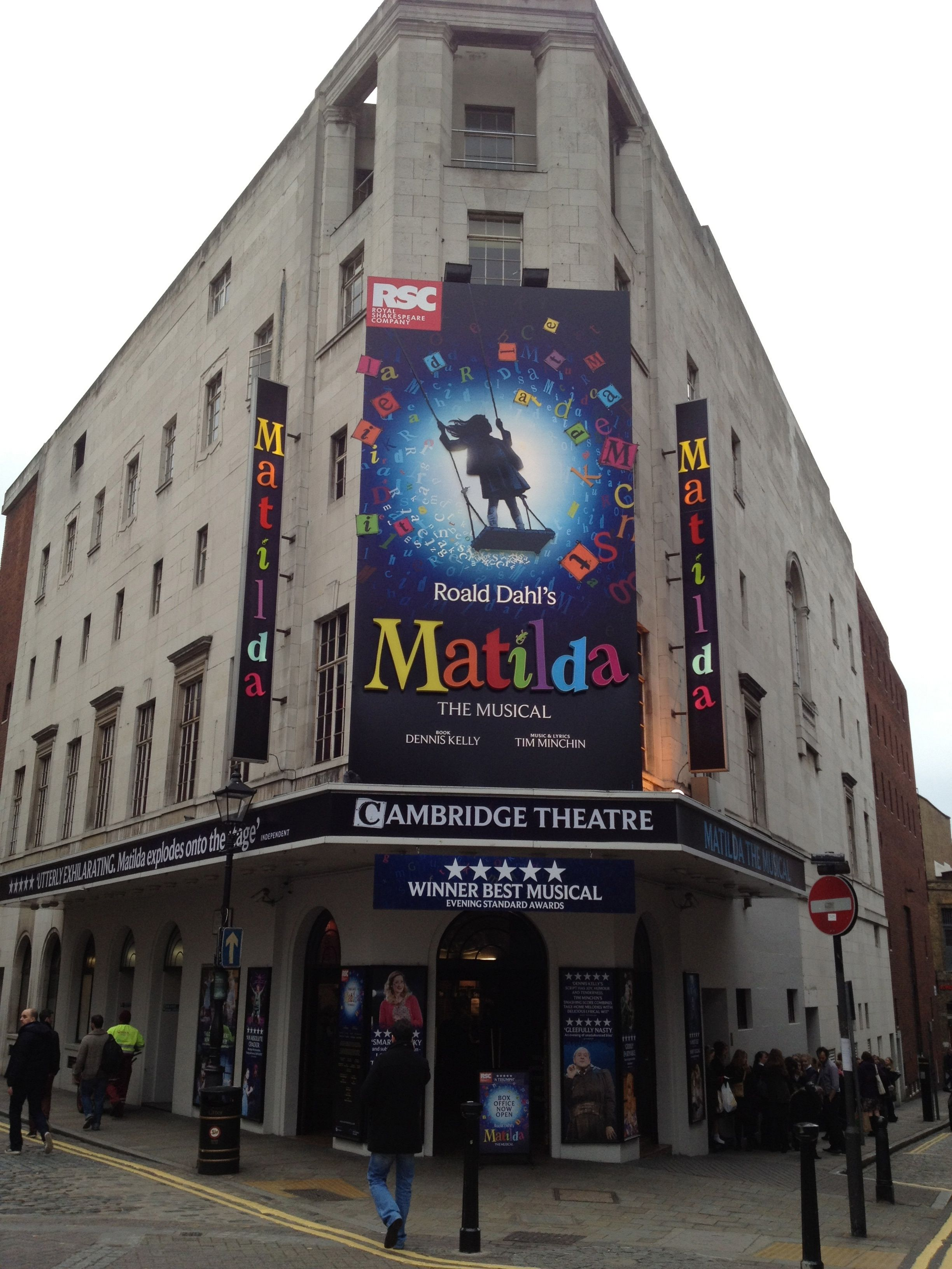 This show was astonishing... So fortunate to see the original cast while I was in London.