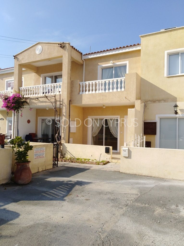 Just Added Ref 3315 2 Bedroom Townhouse For Sale In Universal Soldoncyprus Soc Townhouse Paphos Cyp Holiday Homes For Sale Property For Sale Property