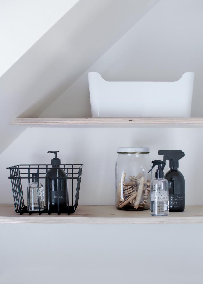 Inspiratie   badkamer   houten plankjes   met   zwarte  …   Eigen ...