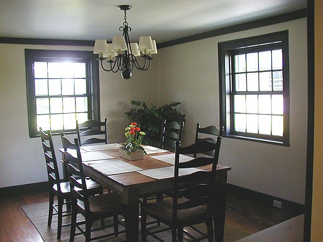 Dining Room No Curtains Allows More Light To Come In During The Day