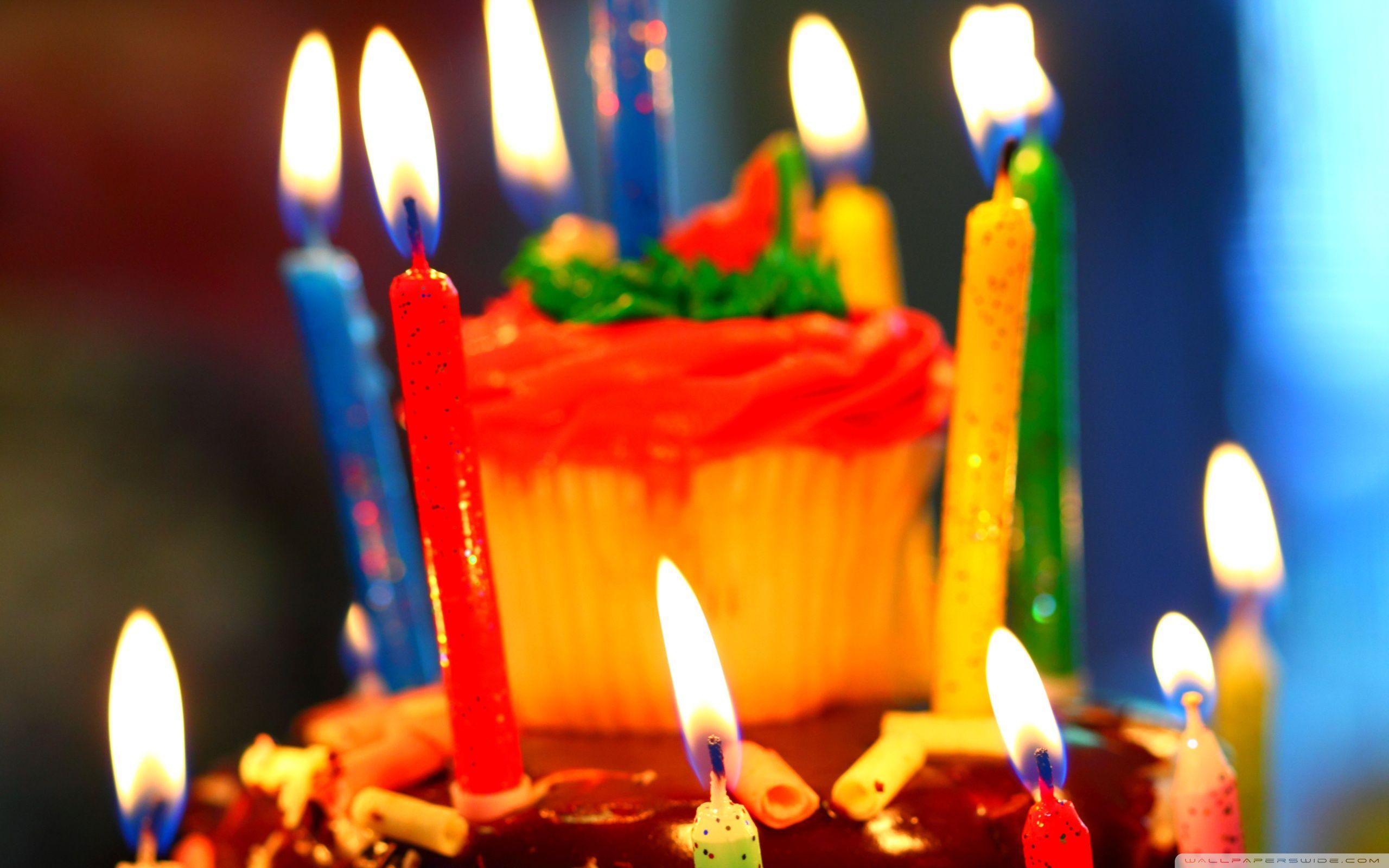День, открытка свечи с днем рождения