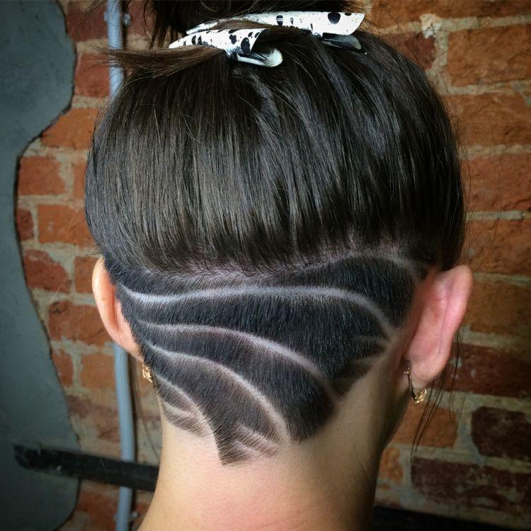 Haare 2018 undercut frauen lange Kurze Haare