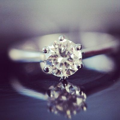 Classic #Solitairering - Simple and Elegant! Complete and delivered.