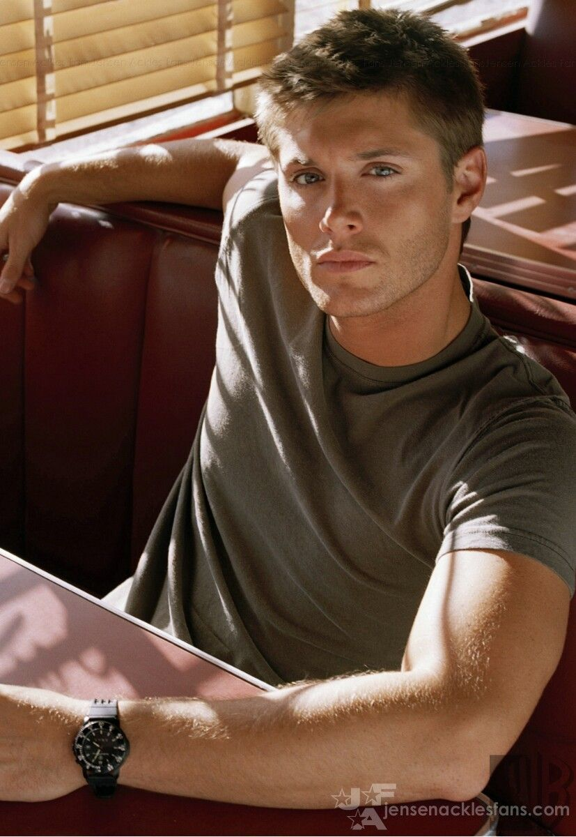 Jensen Ackles. How could you not love Supernatural?