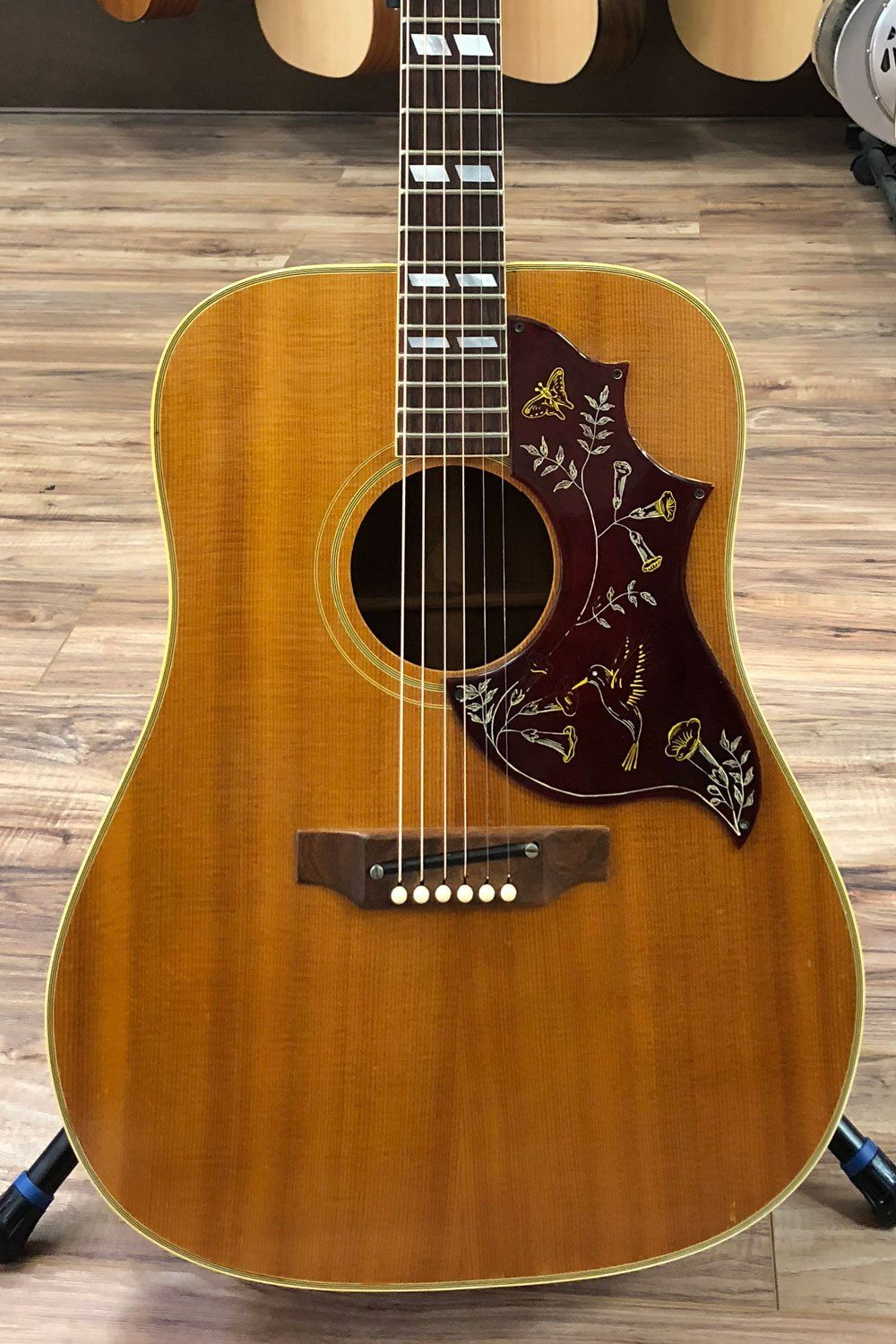 Gibson 1967 Hummingbird With Case Pre Owned Acoustic Guitar Gibson Guitars Acoustic Guitar Chords
