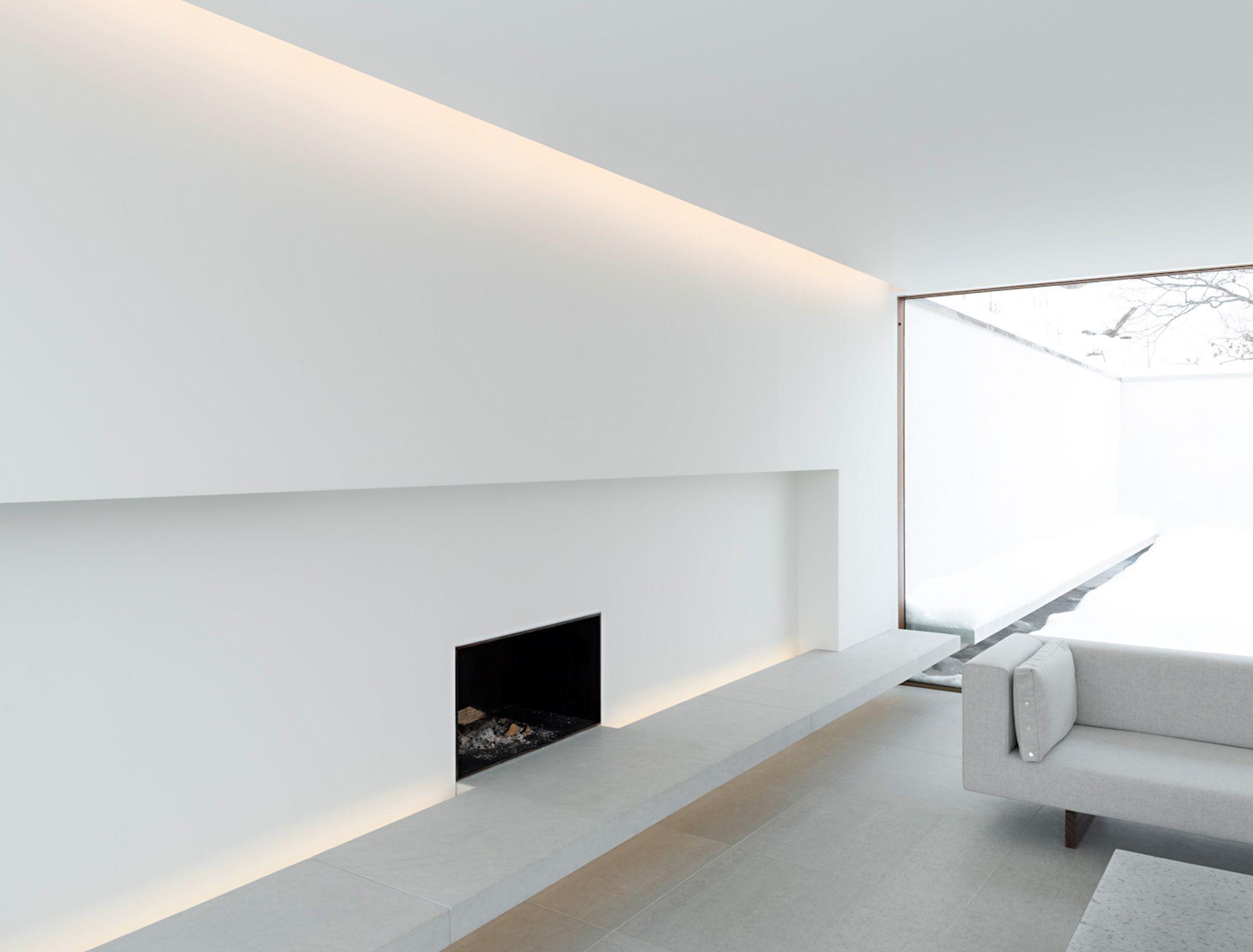 Minimalistische open haard in een woonkamer stock illustratie