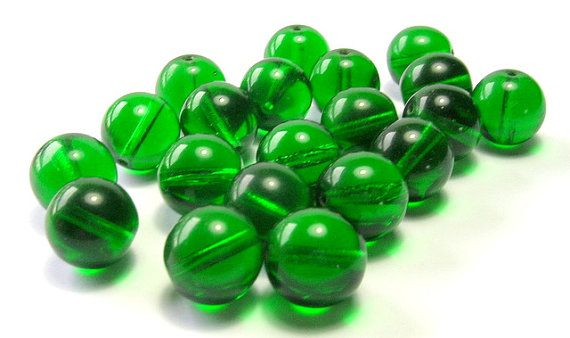 Vintage Czech Kelly Green Round Glass Beads 12mm by amazingbeads, €7.00