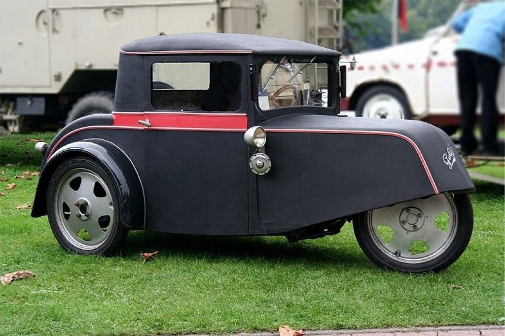 Goliath Pioneer - early micro-car built in Germany between 1931-1934 ...