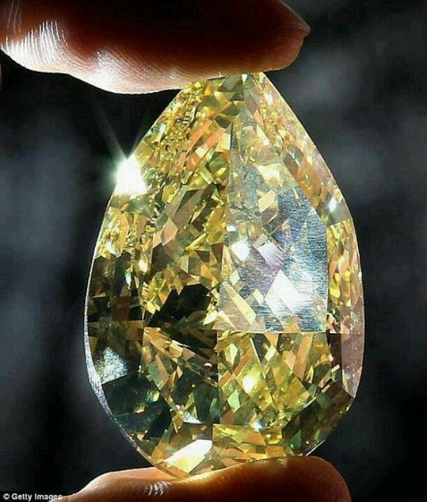 110 k yellow pear shaped diamond
