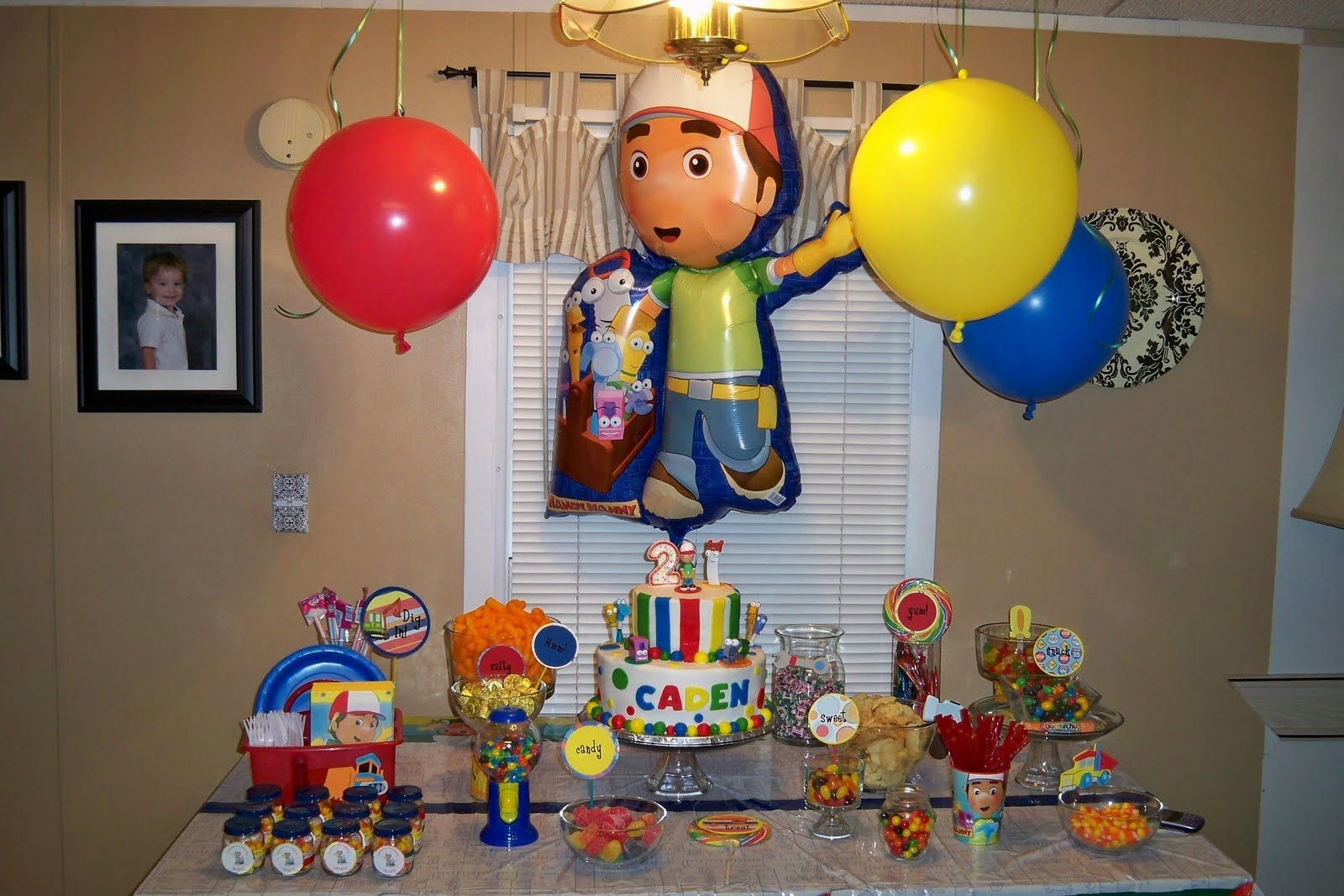 Handy manny birthday party kids party ideas pinterest for Handy manny decorations