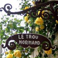 Chambres D Hotes Le Trou Normand Giverny Hebergement Hotels Chambres D Hotes Gites Restaurants Informati Trou Normand Chambre D Hote Enseignes Magasin