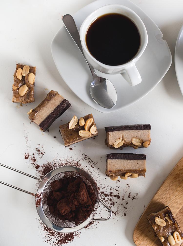 Kahvia & Kasvisruokaa: Snickers palaset (V, Gf) - !!! testiin