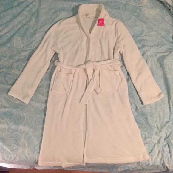 🌴Super soft, super comfy NWT robe!!🌴 NWT | Dressing gown, Cozy and ...