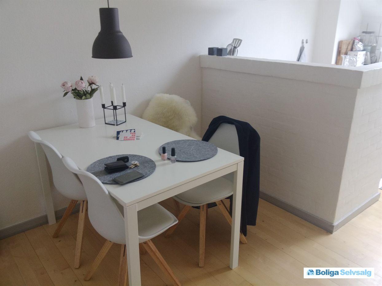Skejby Vænge 243, 1., 8200 Aarhus N - Lejlighed perfekt beliggende i Skejby/Århus N. Forældrekøb ...