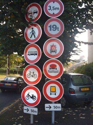 Top 20 des panneaux de signalisation rigolos et insolites